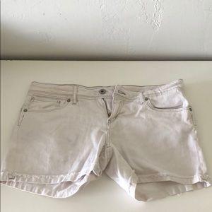 GUC white Levi Strauss mid rise shorts